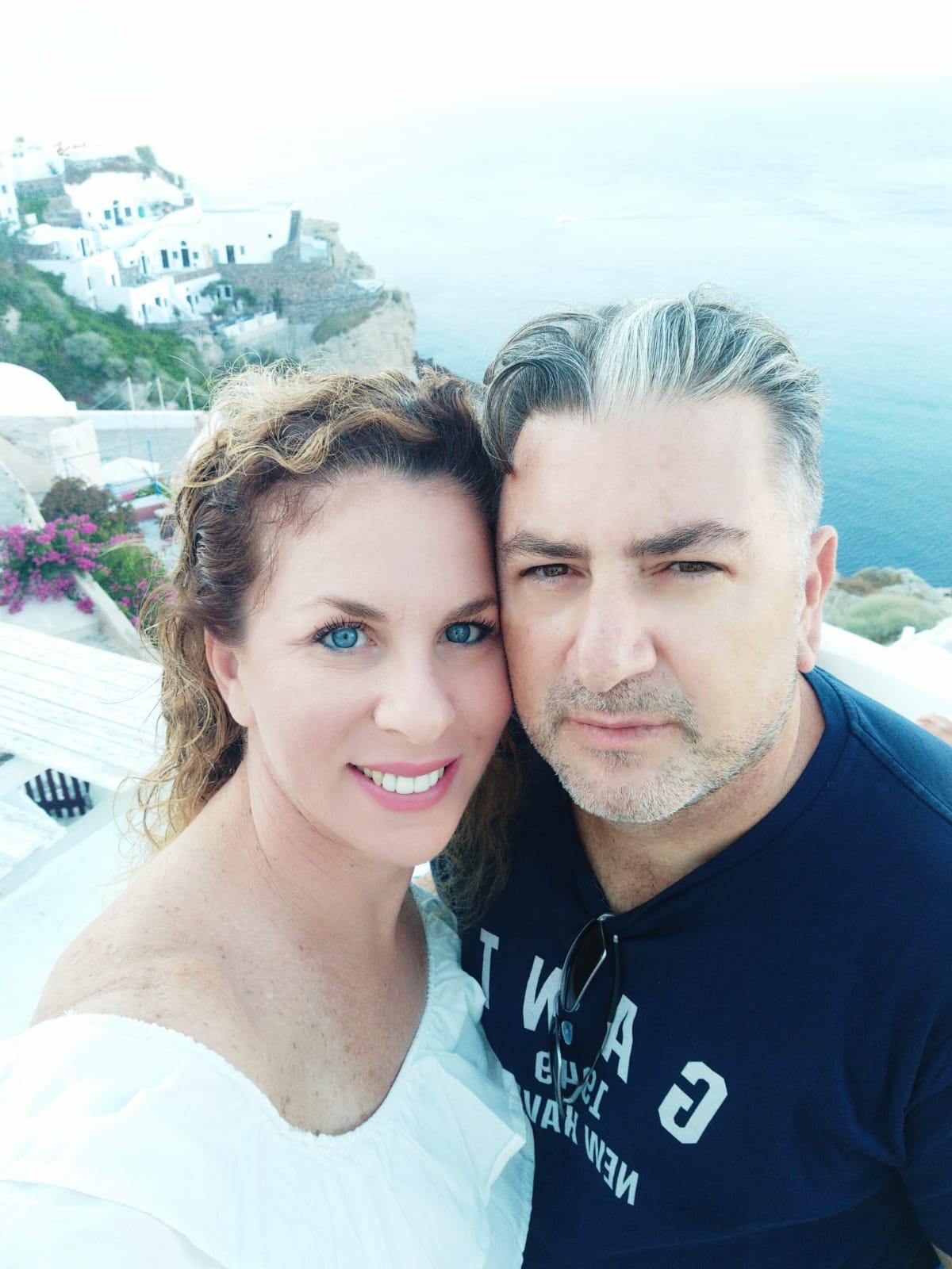 לימור פריים עם בן זוגה ישראל יעקב, הצעת נישואין בסנטוריני יולי 2019